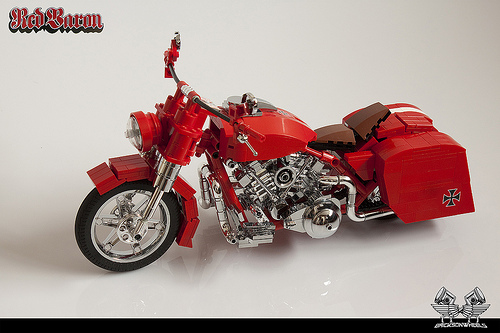 red baron motorbike the lego car blog. Black Bedroom Furniture Sets. Home Design Ideas