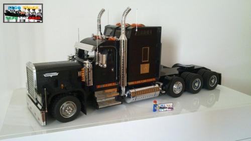 Kenworth W900 Truck