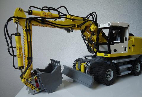 Lego Liebherr Excavator