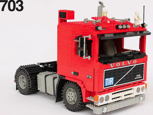 red giant truck - photo #19