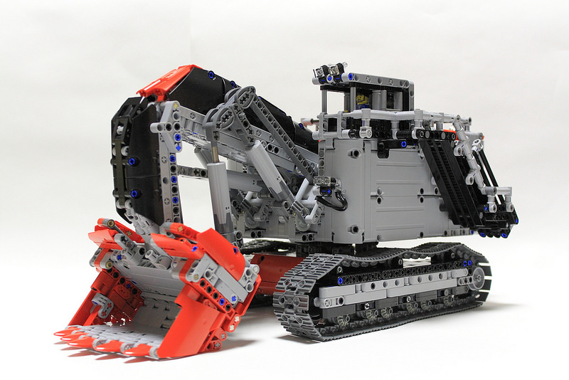 lego technic terex rh400 excavator the lego car blog. Black Bedroom Furniture Sets. Home Design Ideas