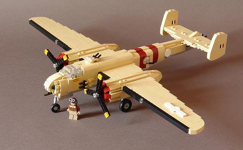 Lego B-25 Mitchell