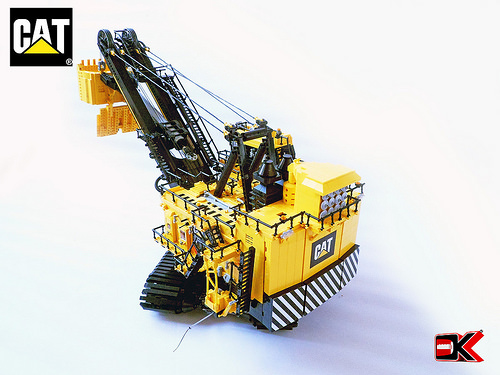 Lego Cat Bucket Excavator