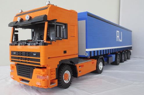 Lego DAF XF Truck
