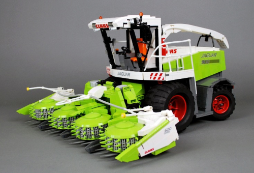 Lego Claas Jaguar
