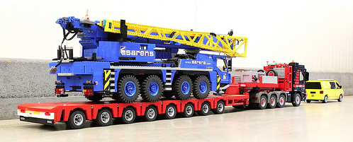 lego technic crane truck the lego car blog. Black Bedroom Furniture Sets. Home Design Ideas