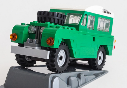 Lego Land Rover Series II
