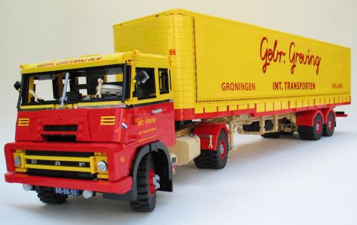 Lego DAF 2400 Truck