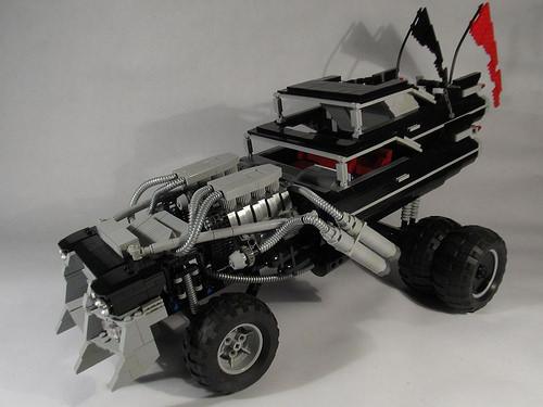 Lego Mad Max Gigahorse Cadillac