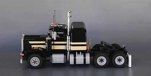 Lego Classic Kenworth Truck Smokey and the Bandit