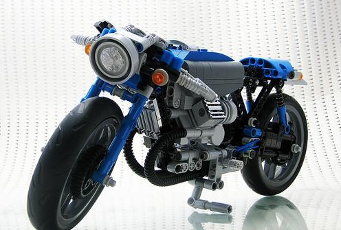 Lego Technic Moto Guzzi Cafe Racer