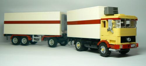 Lego Mercedes-Benz Truck