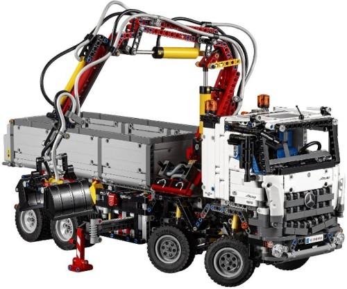 Lego Technic 42043 Mercedes Truck