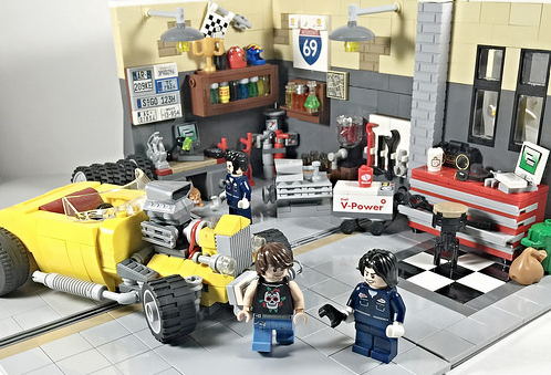 Lego Garage Hot Rod