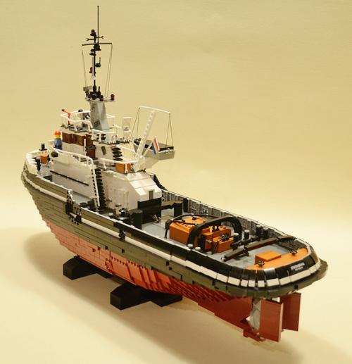 Lego Konajra Tug Boat