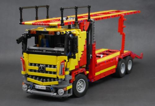 Lego Mercedes Arocs