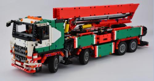 Lego Mercedes-Benz Arocs Concrete Pump Truck