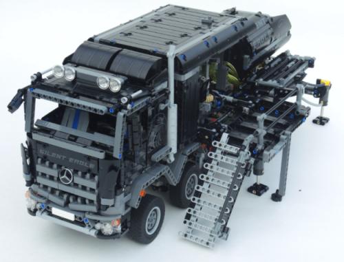 Lego Technic Mercedes-Benz Arocs Truck