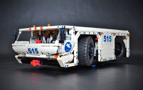 Lego technic Airport Tug