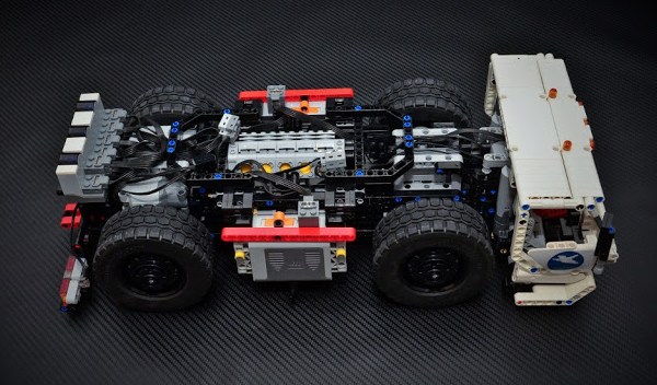 lego technic remote control chassis the lego car blog. Black Bedroom Furniture Sets. Home Design Ideas