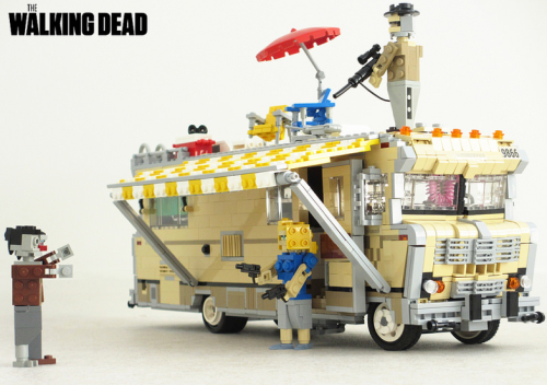 Lego The Walking Dead RV