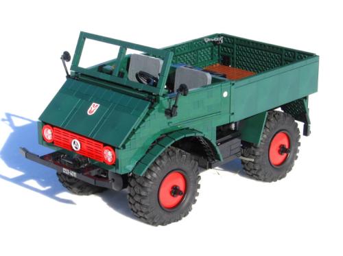 Lego Technic Mercedes-Benz Unimog 401 RC
