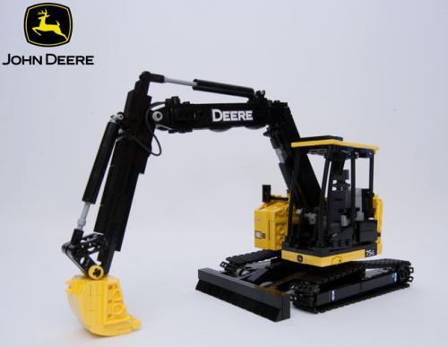 Lego John Deere 75G Excavator