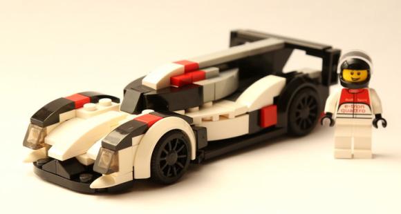 Lego Audi R18 e-tron quattro