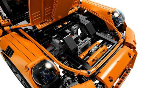 Lego Technic 42056 Porsche 911 GT3 RS Review