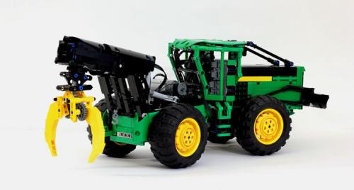 Lego John Deere Skid Steer Tractor RC