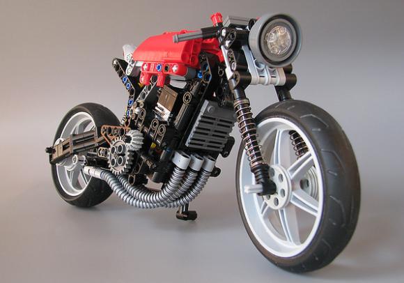 Lego Technic Motorcycle