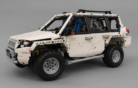Lego Technic Toyota Land Cruiser Prado RC