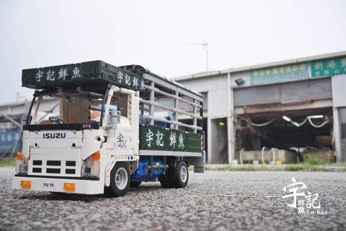 two-trucks-01