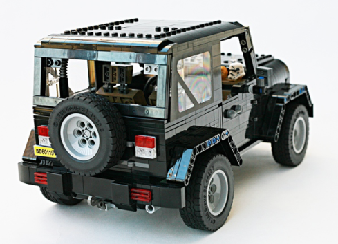 Jeep Wrangler Rubicon – Picture Special | THE LEGO CAR BLOG