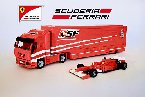lego scuderia ferrari truck the lego car blog. Black Bedroom Furniture Sets. Home Design Ideas