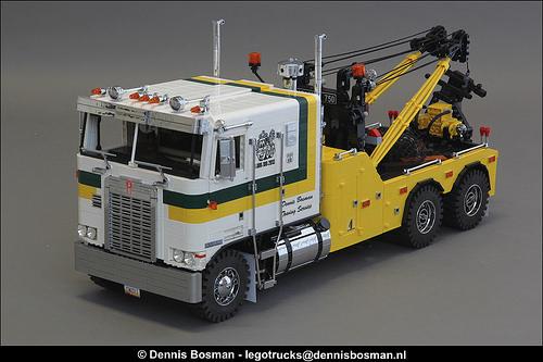Lego Kenworth K100 Wrecker