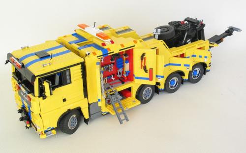Lego MAN TGX Tow Truck