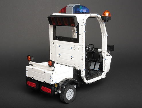 lego zootopia police cart the lego car blog. Black Bedroom Furniture Sets. Home Design Ideas