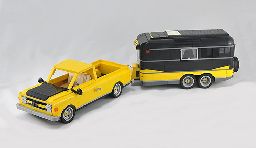 Lego Pick-up Truck Caravan