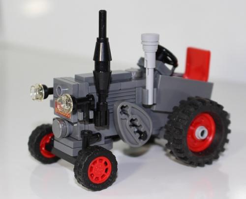 Lego Lanz Bulldog