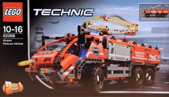 lego technic 42068 airport fire truck the lego car blog. Black Bedroom Furniture Sets. Home Design Ideas