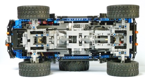 Lego Technic Jeep Mighty FC Remote Control