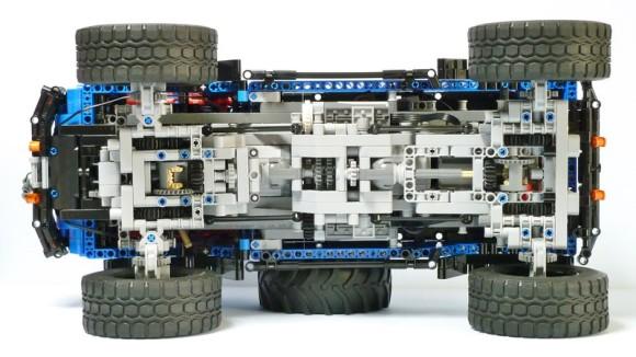 Lego Technic Jeep Mighty FC Remote Control