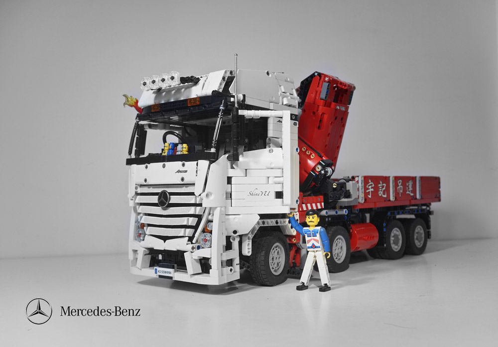 lego technic remote control mercedes benz crane truck the lego car blog. Black Bedroom Furniture Sets. Home Design Ideas