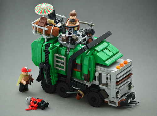 Lego Post-Apoc Garbage Truck