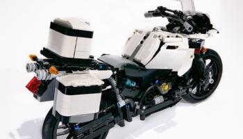 lego technic 42063 – bmw r 1200 gs adventure – set preview | the