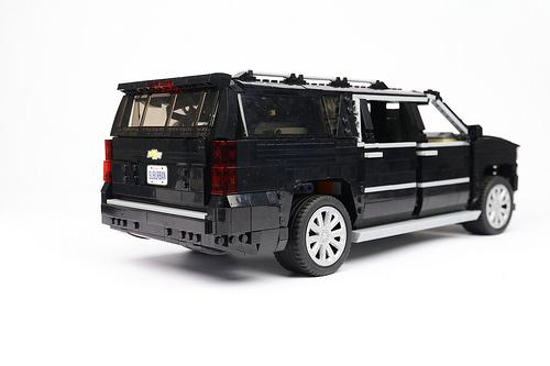 Lego Chevrolet Suburban