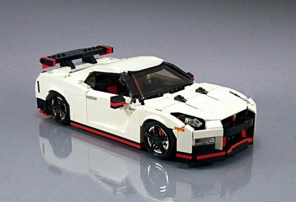 Lego Nissan GTR Nismo