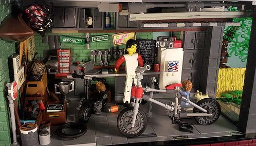 Lego BMX Garage