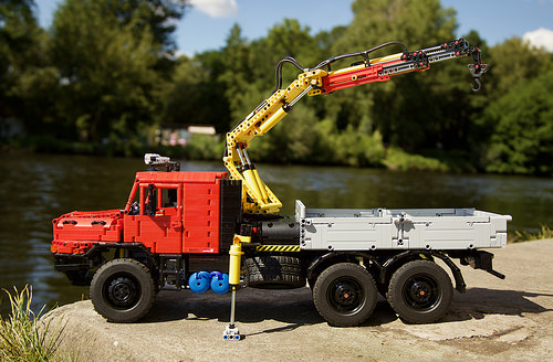 Lego Technic Mercedes Zetros 6x6